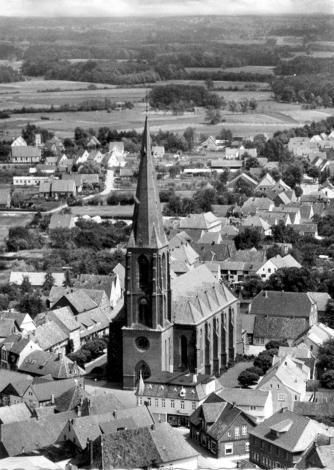 Luftbild Kirche