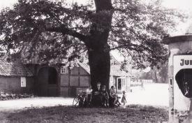 -18- Anton Sprehe Hörst, in der Mitte Carl Willenborg, Aufnahme 1952