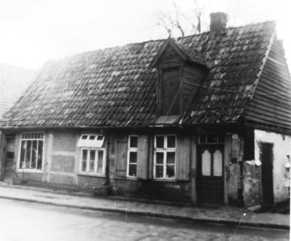 -4- Das Anwesen Arkenau steht am Ende der Straße Am Markt, markiert aber auch den Anfang der Burgstraße