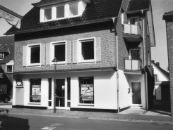 -87- Dasselbe Haus 2008