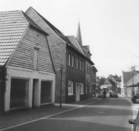 -67- Ludwig Thölke betrieb eine Schlosserei und handelte mit Maschinen.