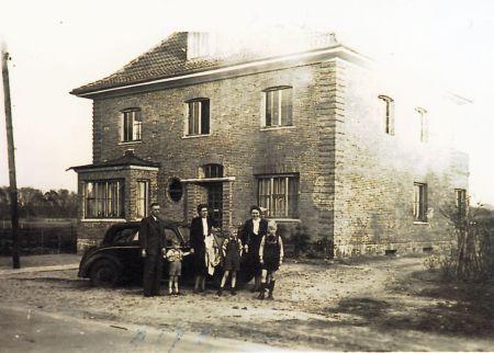 -105- Burgstraße 57, Karfreitag 1949