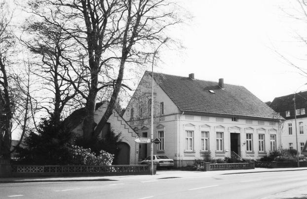 -18- Haus Nr. 8, von Hedwig Aschern, Aufnahme 2001