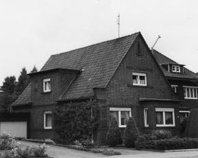 -38- Wohnhaus Josef Mertz