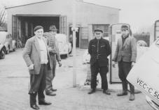 -34- Nach dem Tode wurde das Grundstück mit Werkstatt 1968/69 an Hermann Asbree verkauft, welcher heute noch Besitzer ist.