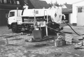 -36- Die Tankstelle wurde im Jahr 2000 abgebaut.