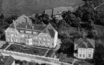 -25- Das Krankenhaus und die Villa Pölking