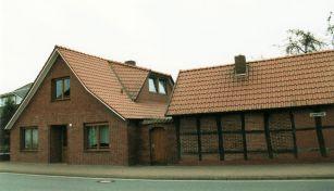 -129- Haus Scheper 2002