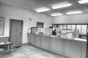 -23- Innenraum Schalterhalle Spadaka (1964)