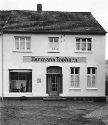 -16- Bekleidungsgeschäft Hermann Taphorn