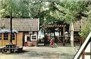-78- Eingang zum Tiergarten