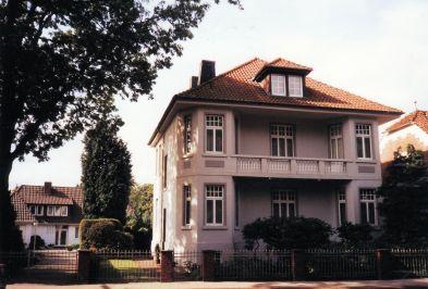 -63- Haus Dünnebacke 2003