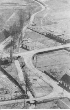 Luftbild Holthausstrasse, Höner Kirchweg, Hopener Mühlenbach vor 1955