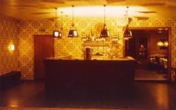 So sah die alte Theke im Saal in den 60er Jahren aus ... Verdammt gut!