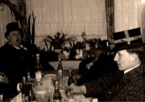 Heinz Vagelpohl und Franz Bunse trinken auf mein Wohl.