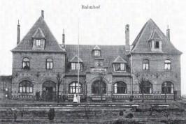 nklager Bahnhof,,Postkarte von 1910 ( beide Aufnahmen aus die Museumseisenbahn, 2. Quartal 2004)