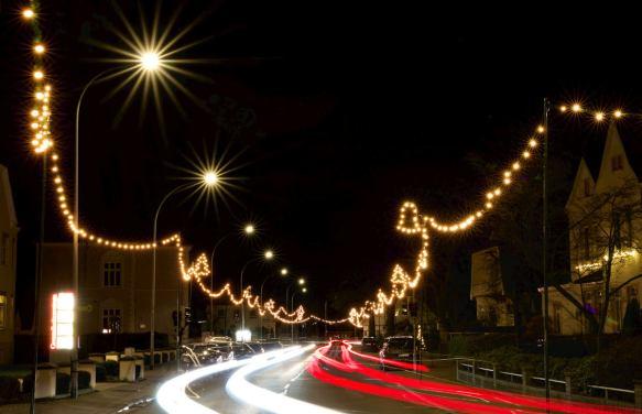 weihnachten, dinklage, weihnachtsbeleuchtung, festbeleuchtung, straßenbeleuchtung, illumination, straßenschmuck, ortsbild, straßenbild